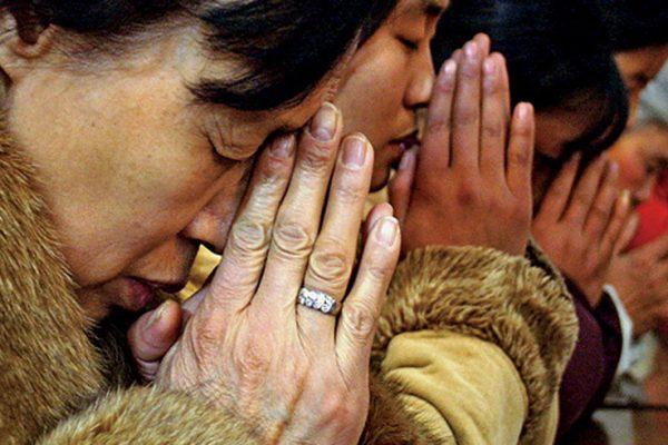 Pastores son enterrados vivos en China