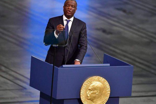 Médico cristiano recibe el Nobel de la Paz por ayudar a mujeres víctimas de abuso